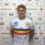 Giacomo Cecon al centrocampo del Verbania Calcio