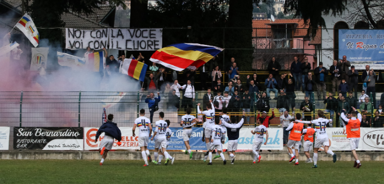 Verbania Calcio Immagini News Stadio Pedroli Festeggiamenti Gradinata